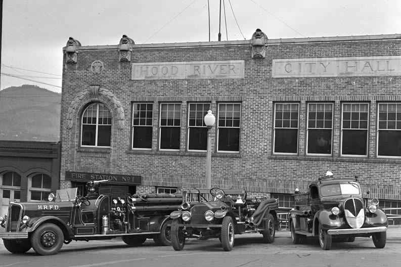 Hood River City Hall Fire Station 1939