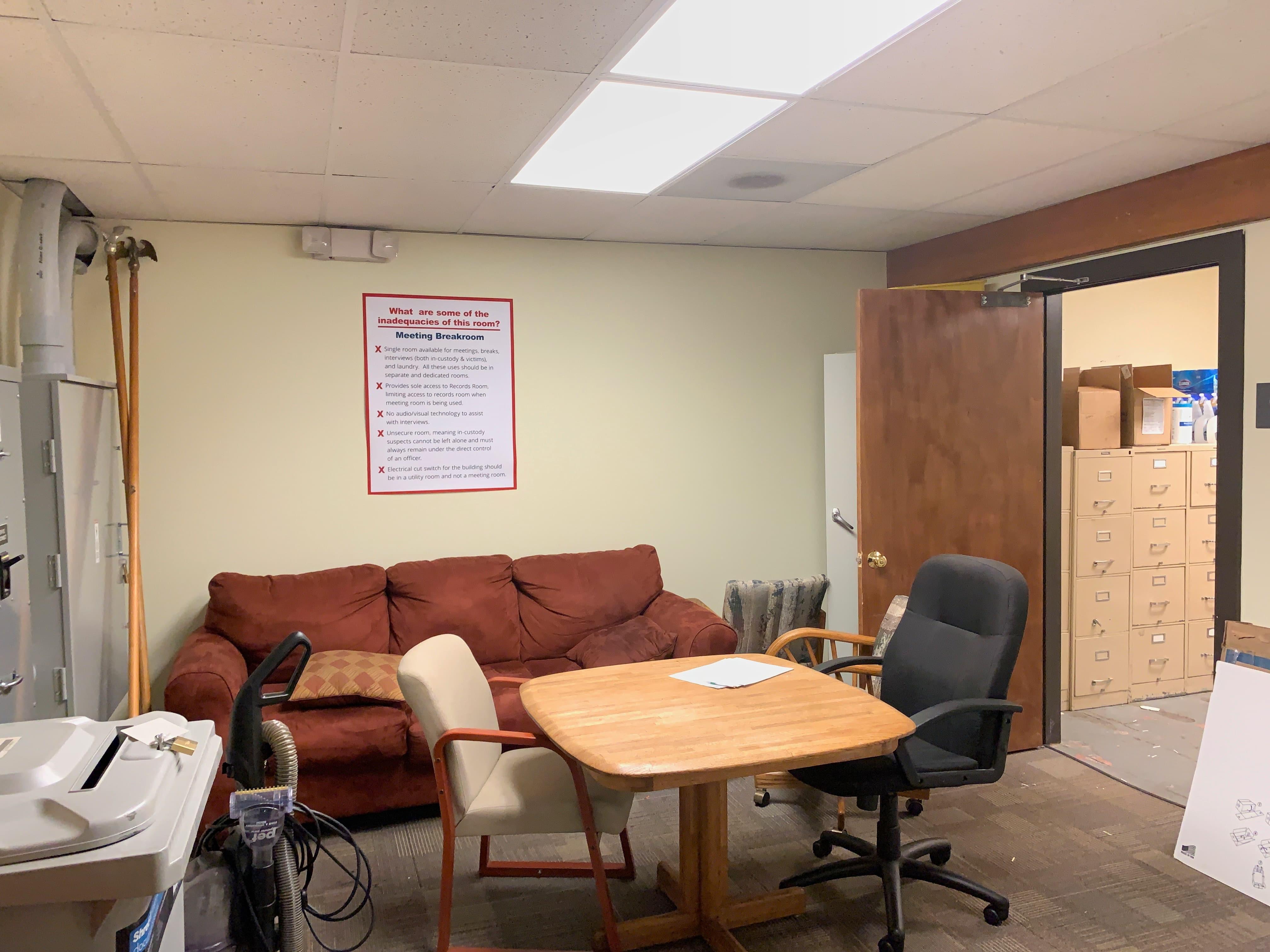 Meeting, Interview, Breakroom
